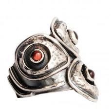 sidabrinis žiedas su granatais