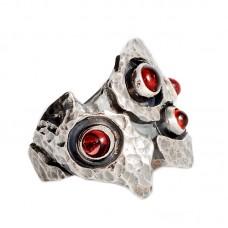 sidabrinis žiedas su granatu